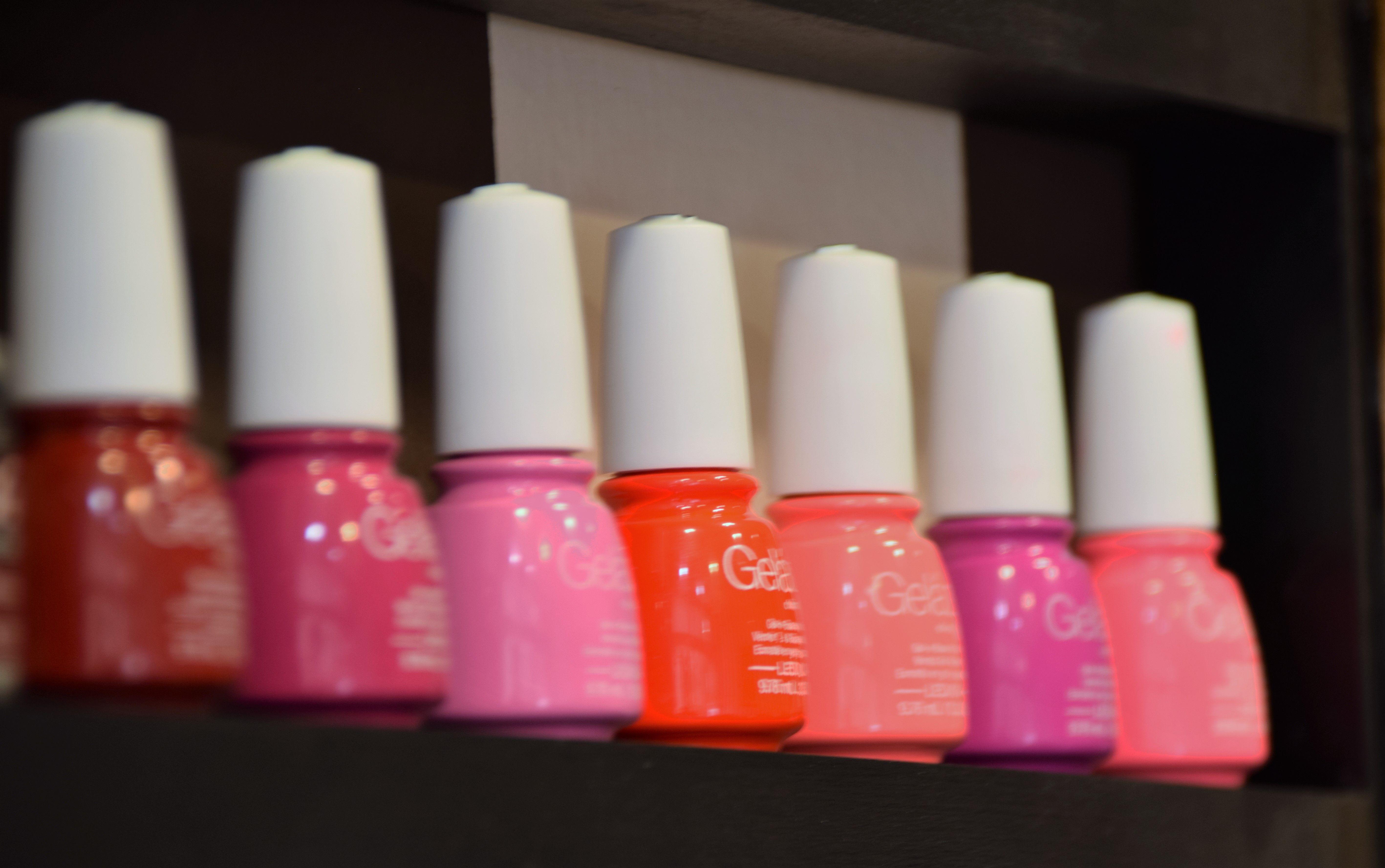 Esmaltado: Servicios de Nails Beauty