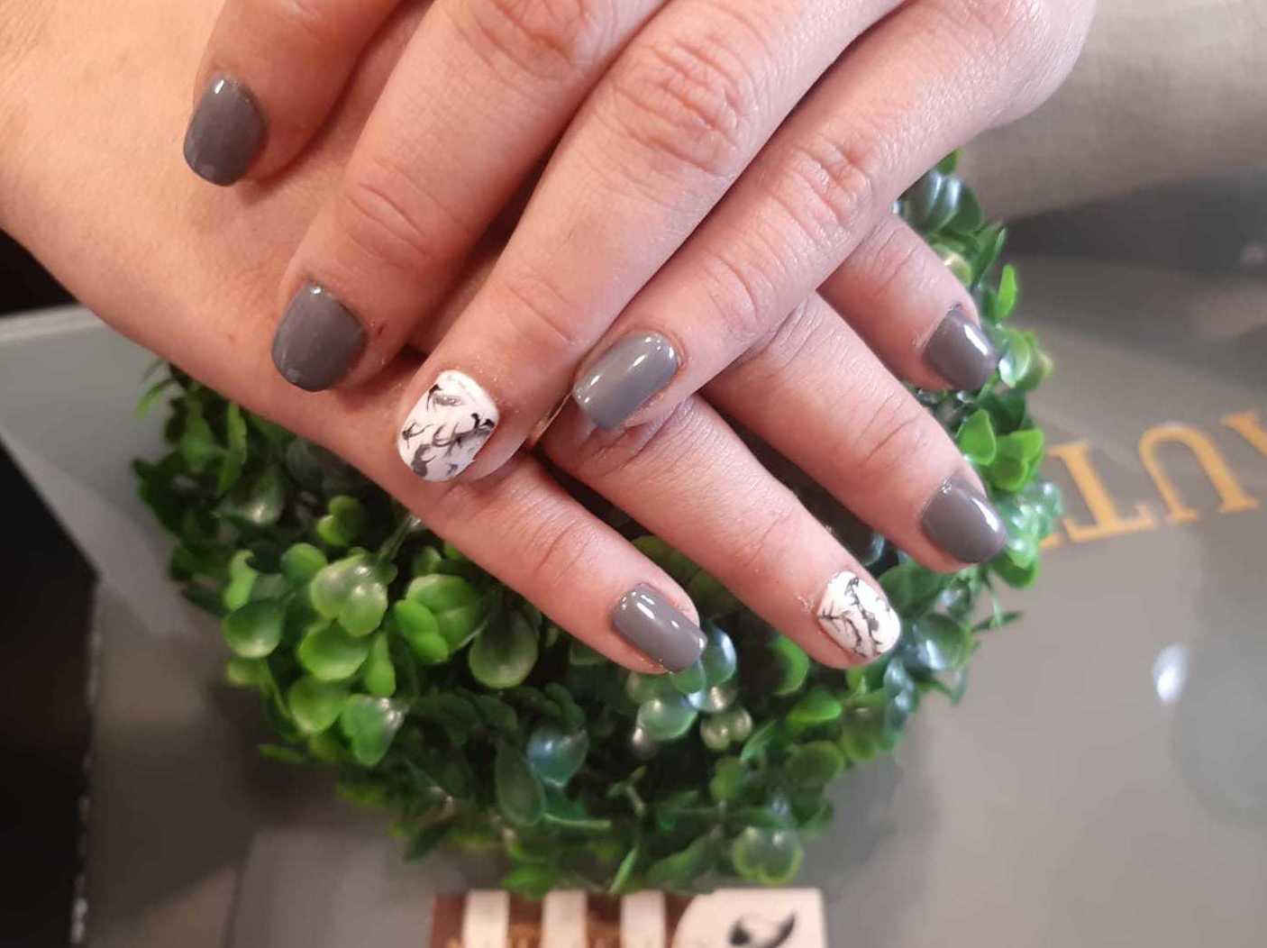 Foto 95 de Uñas esculpidas y de porcelana en Arroyo de la Encomienda | Nails Beauty