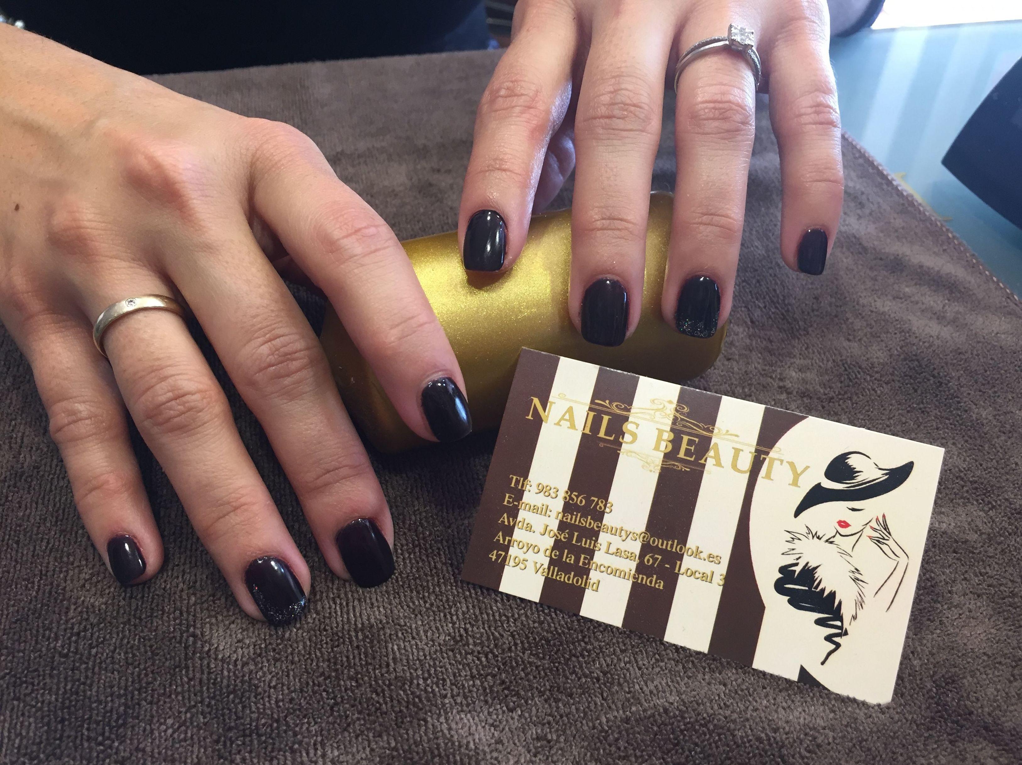 Foto 82 de Uñas esculpidas y de porcelana en Arroyo de la Encomienda | Nails Beauty