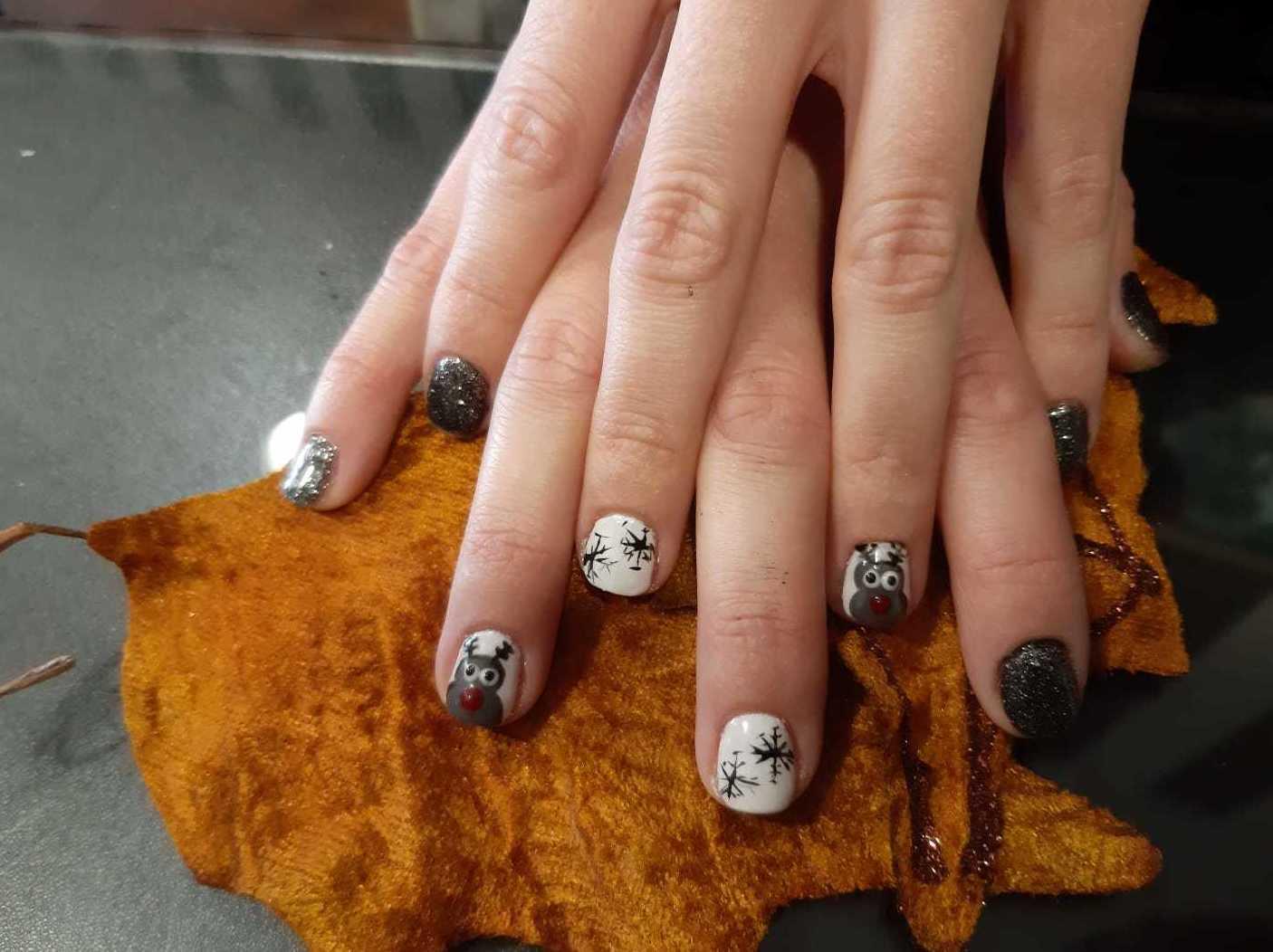Foto 93 de Uñas esculpidas y de porcelana en Arroyo de la Encomienda | Nails Beauty