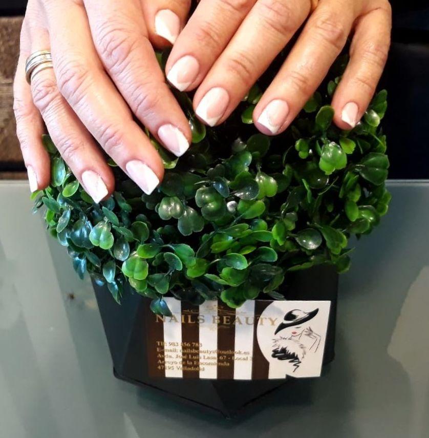 Foto 69 de Uñas esculpidas y de porcelana en Arroyo de la Encomienda | Nails Beauty