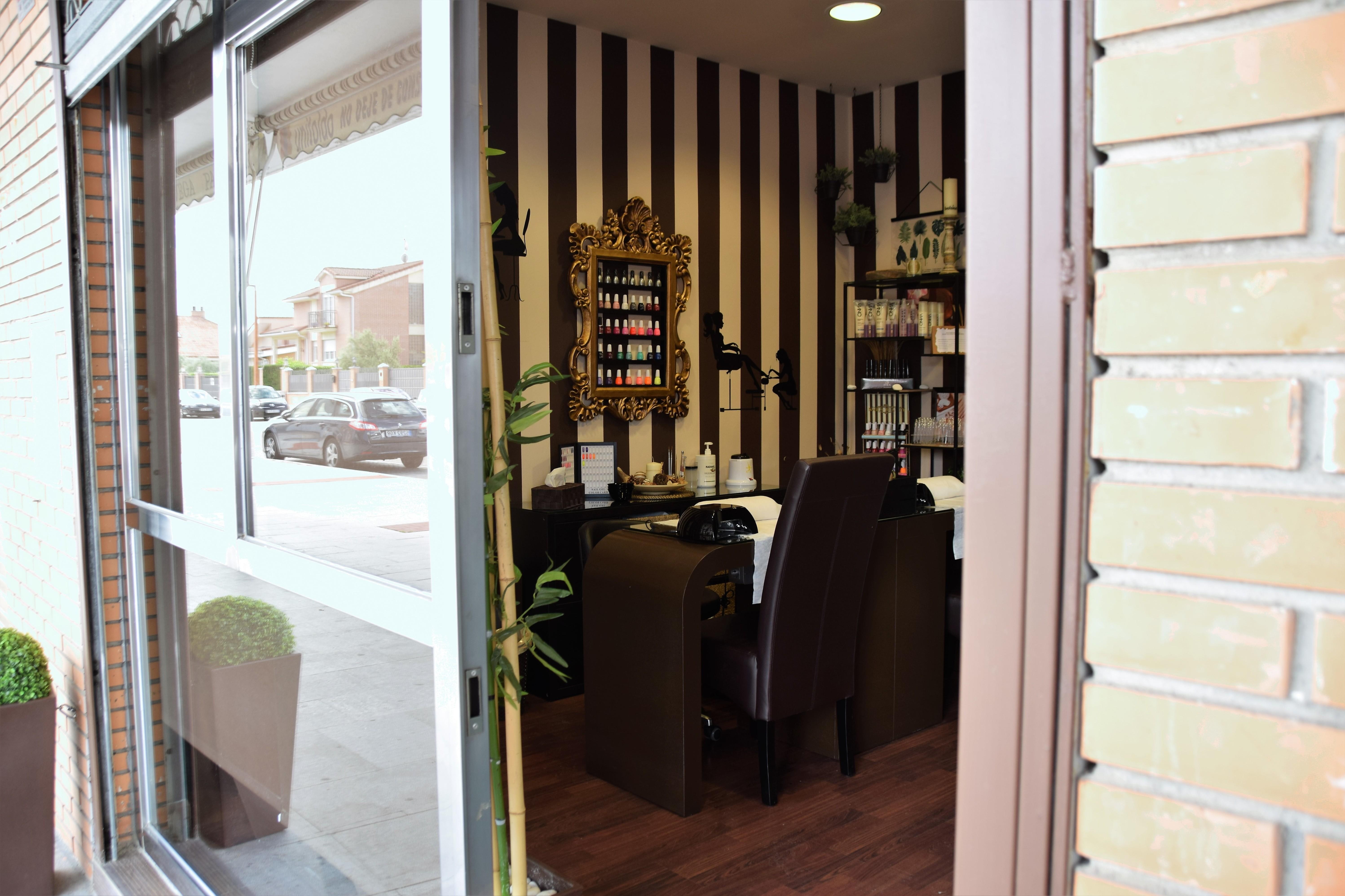 Centro de manicura y pedicura en Arroyo de la Encomienda