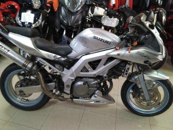 Suzuki - SV650S: Productos de Alonso Competición