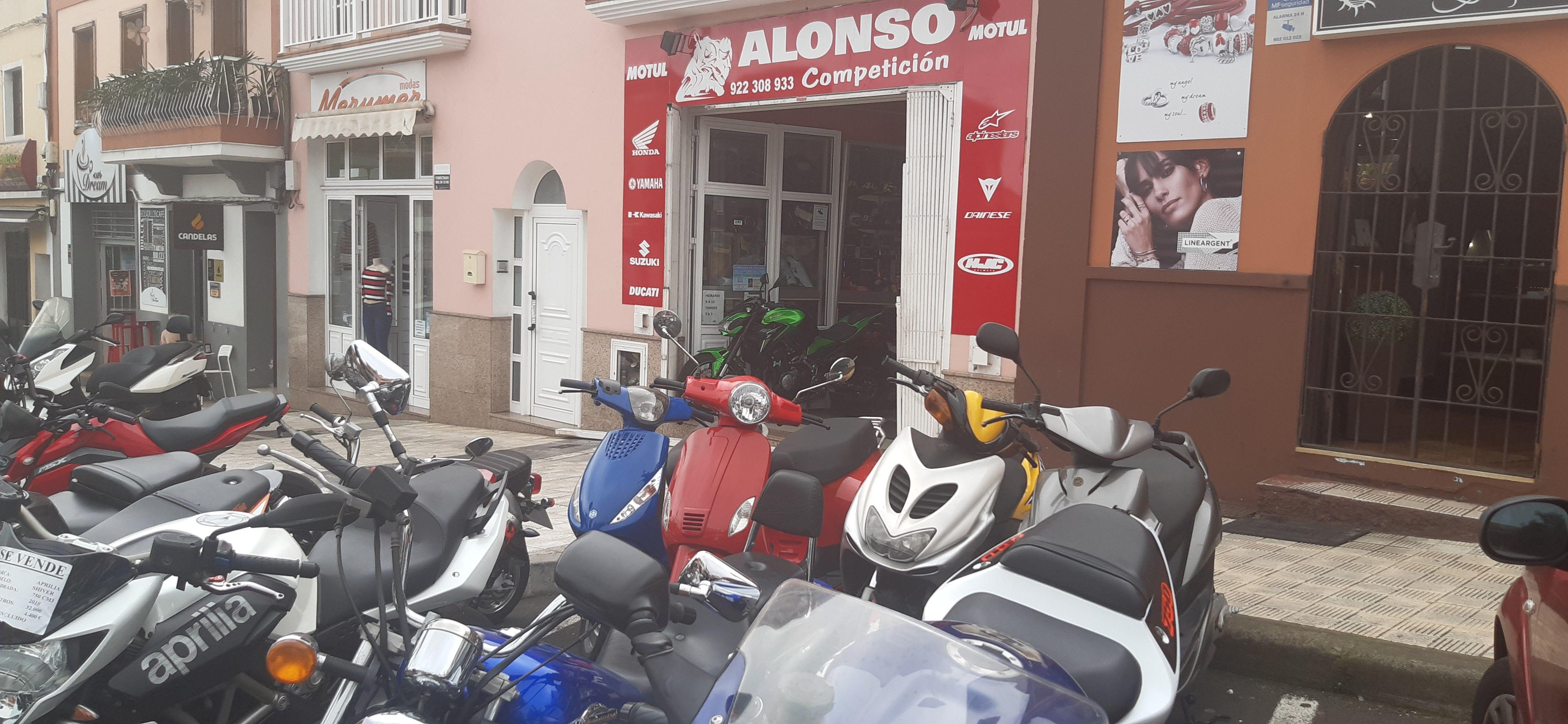 Foto 3 de Motos en La Orotava | Alonso Competición