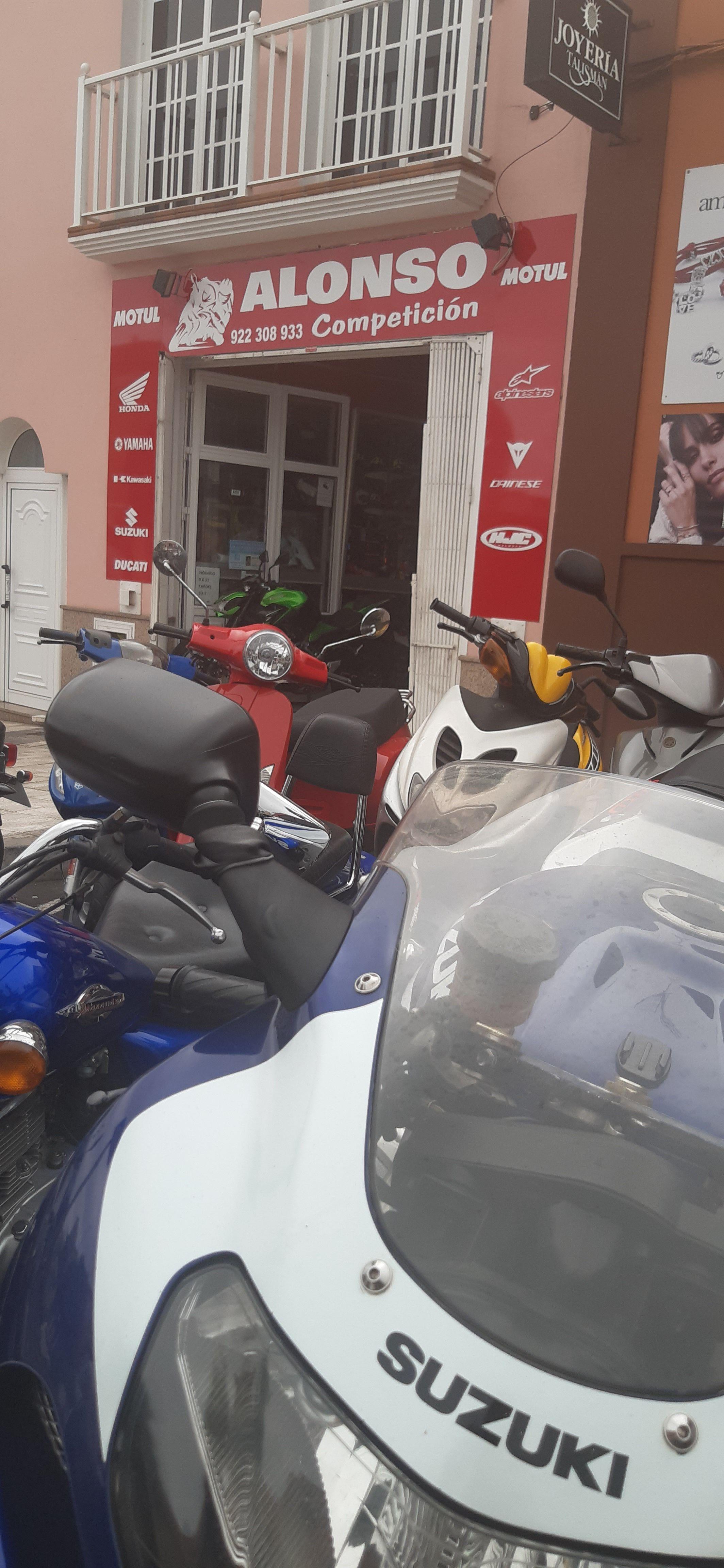 Foto 1 de Motos en La Orotava | Alonso Competición