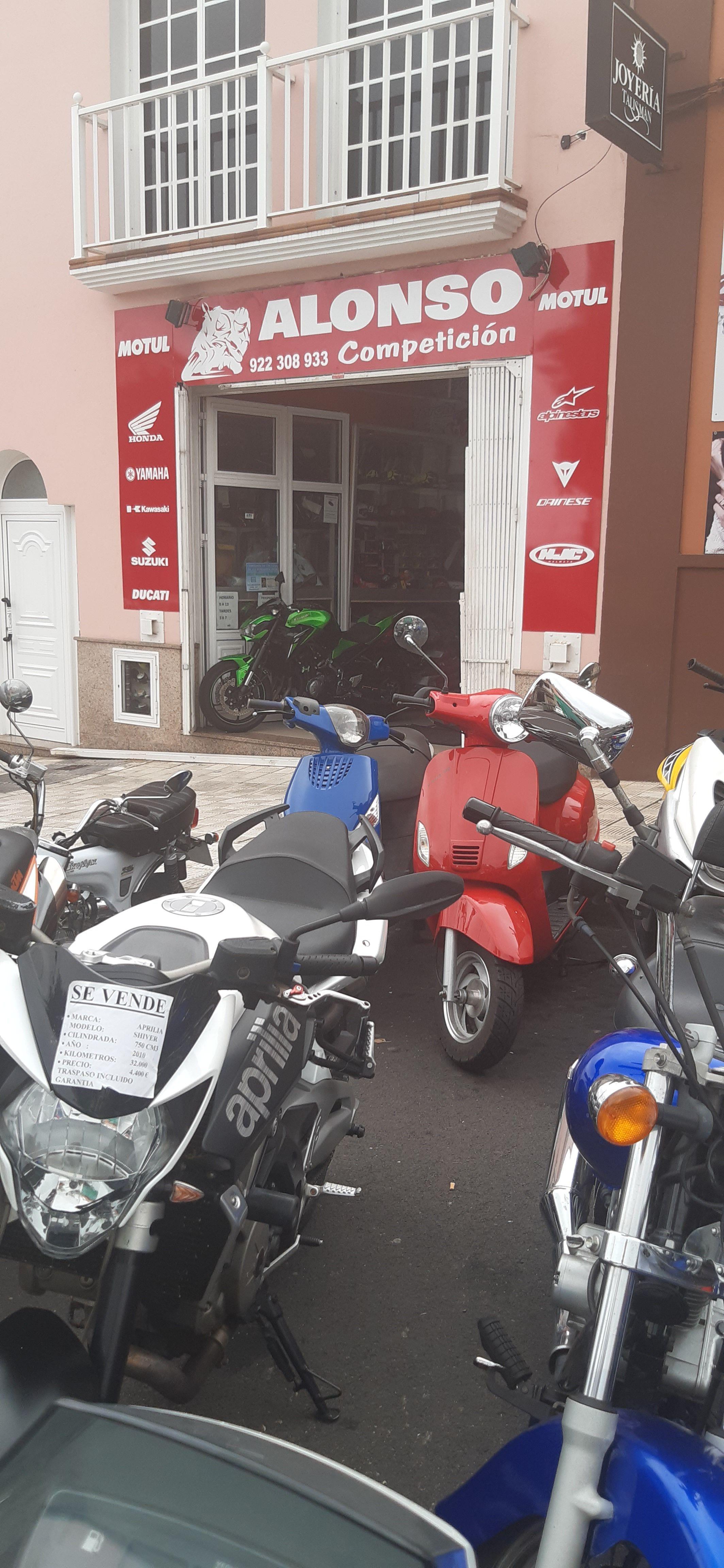 Foto 4 de Motos en La Orotava   Alonso Competición