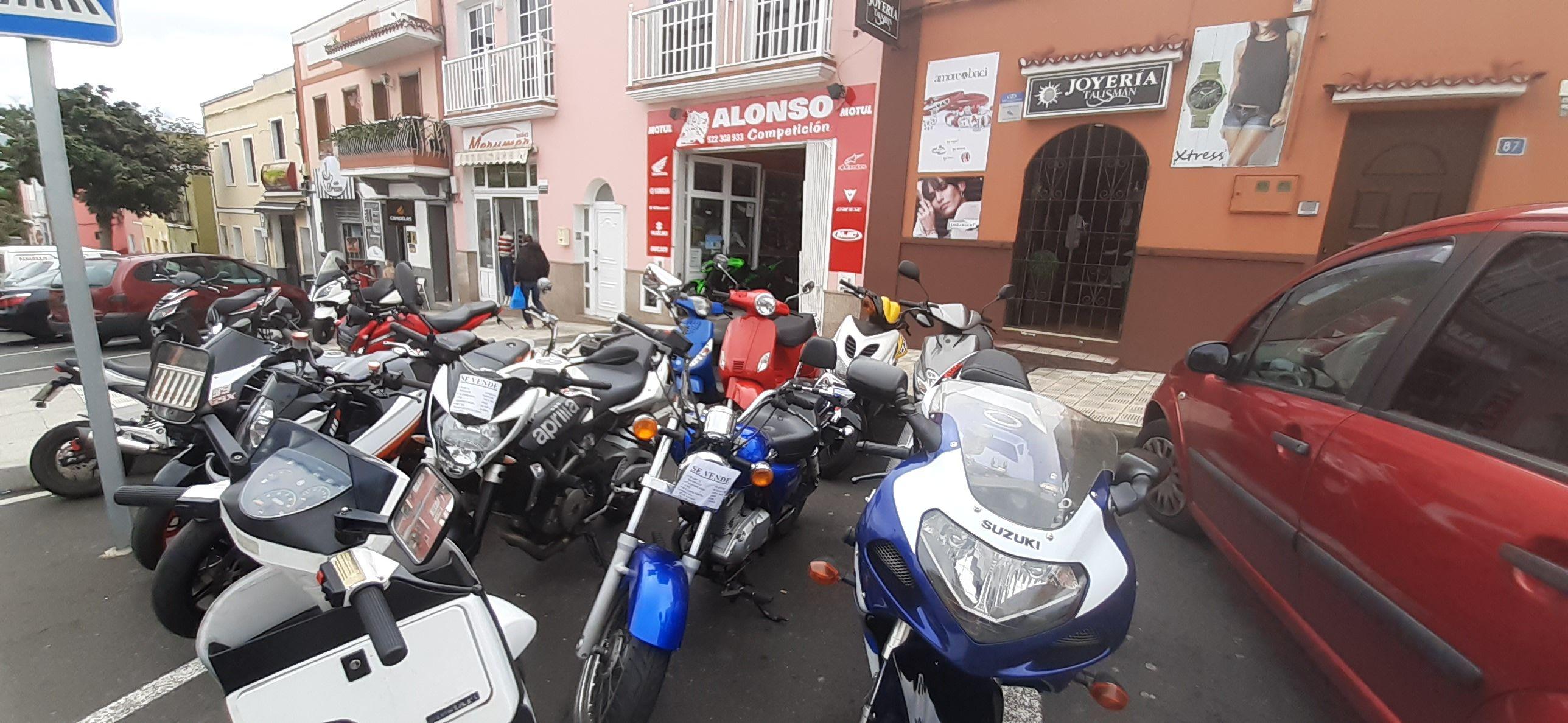 Foto 5 de Motos en La Orotava | Alonso Competición