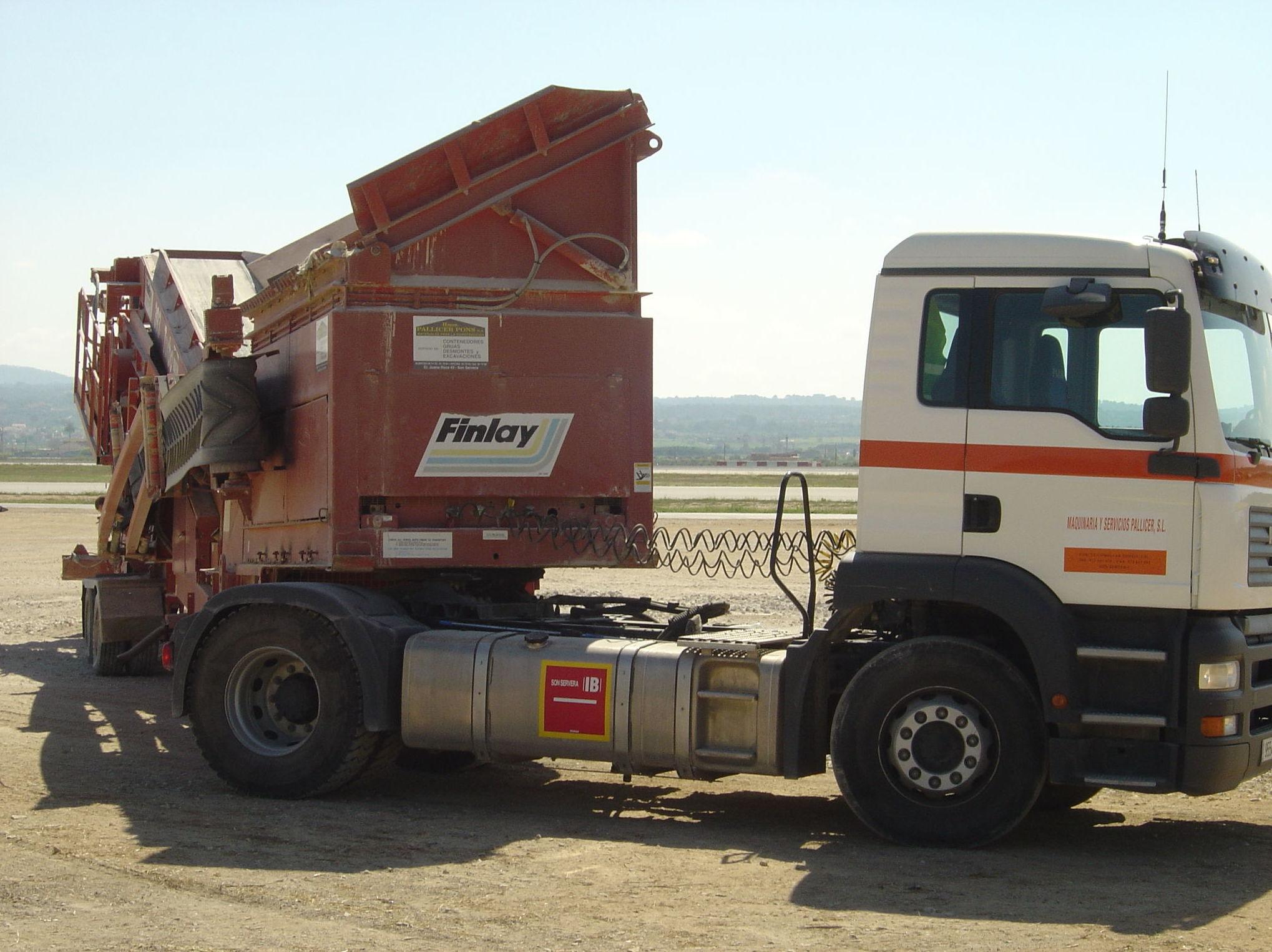 Foto 2 de Venta de material de construcción en Son Servera | Grupo Pallicer