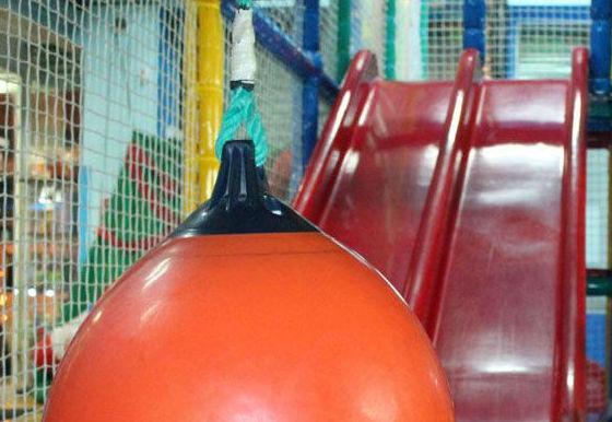 Centro infantil con zona de juegos