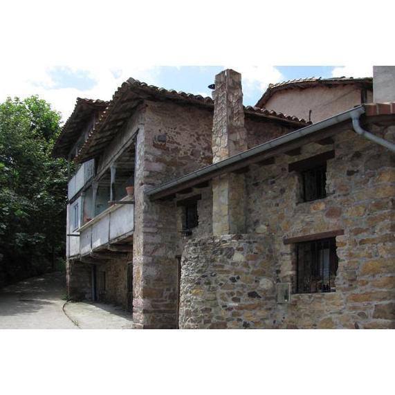 La Casina del Fornu: Alojamientos La Casona  de La Casona de Pravia