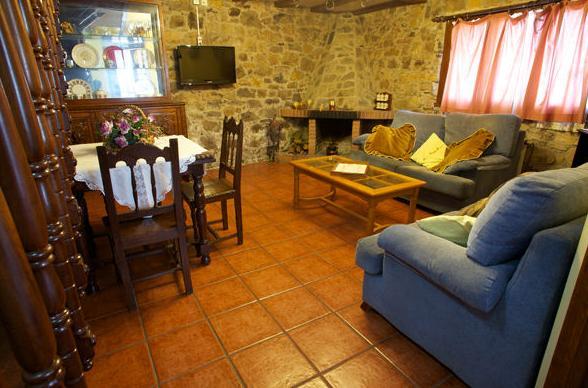Salón de La Casona II en Corias (Pravia)