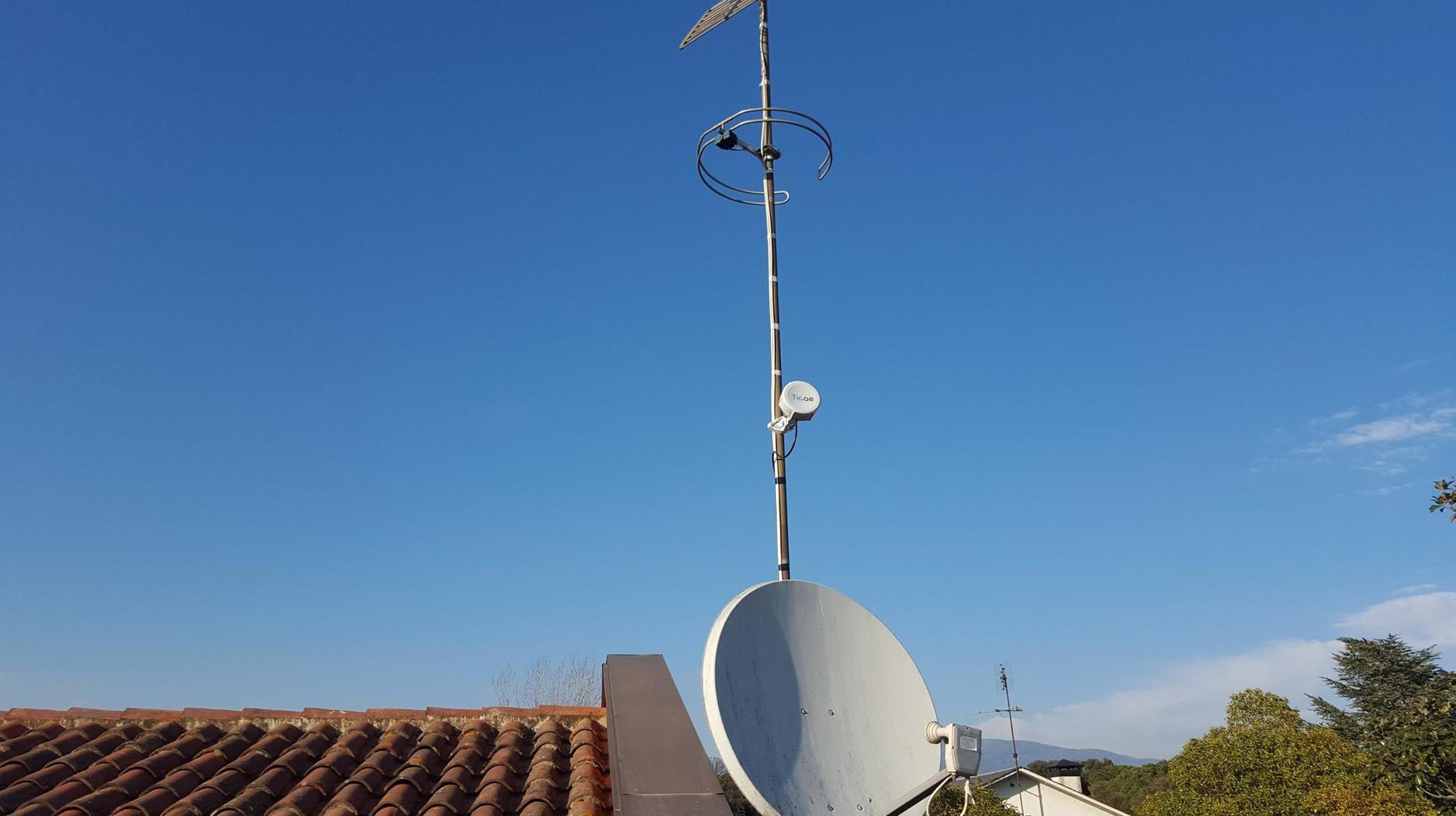 Instalación de antenas paabólicas