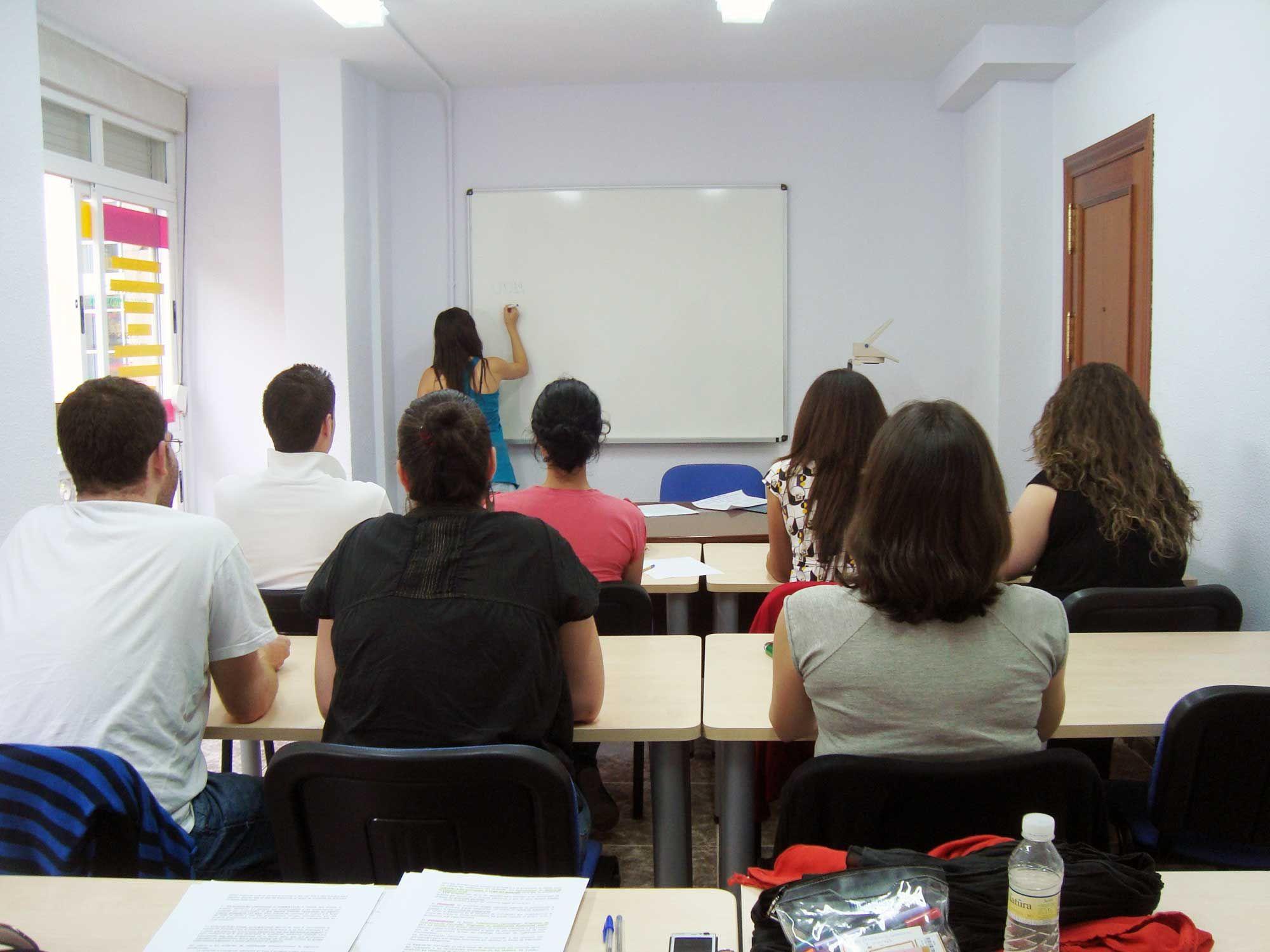 Impartiendo clases