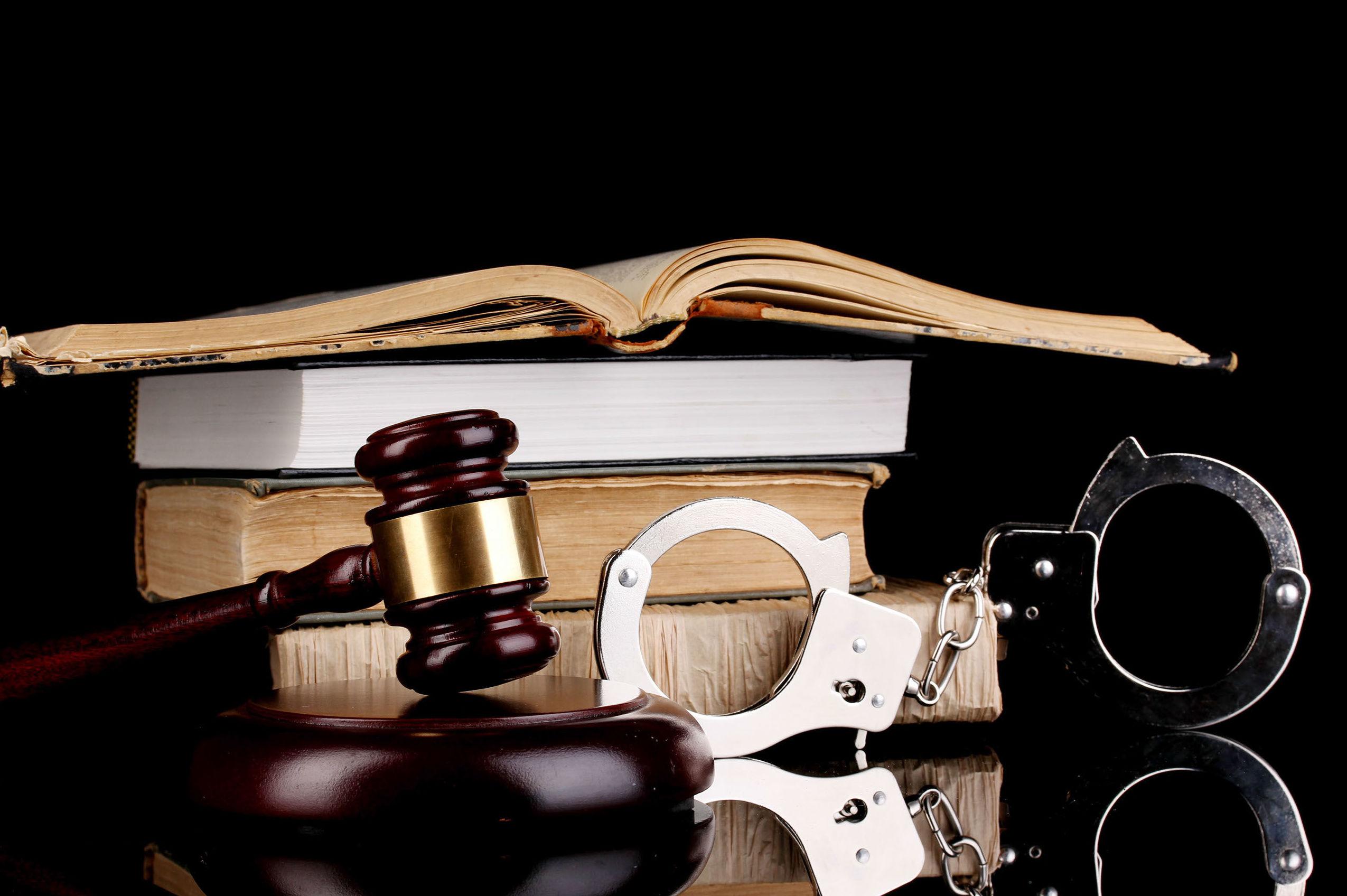 Derecho penal: Especialidades de Macanás Abogados