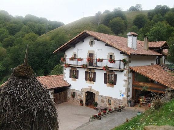Foto 1 de Turismo rural en Baztan | Casa Rural Urruska