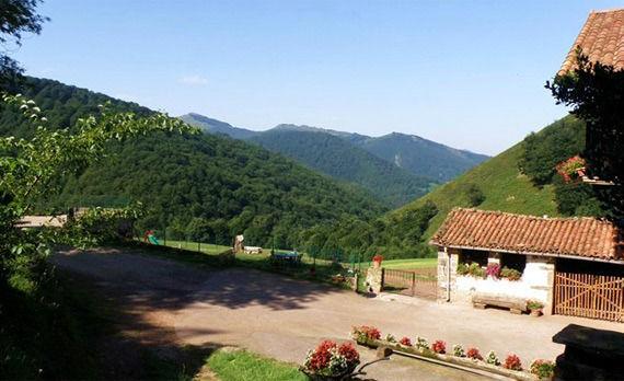 Foto 2 de Turismo rural en Baztan | Casa Rural Urruska