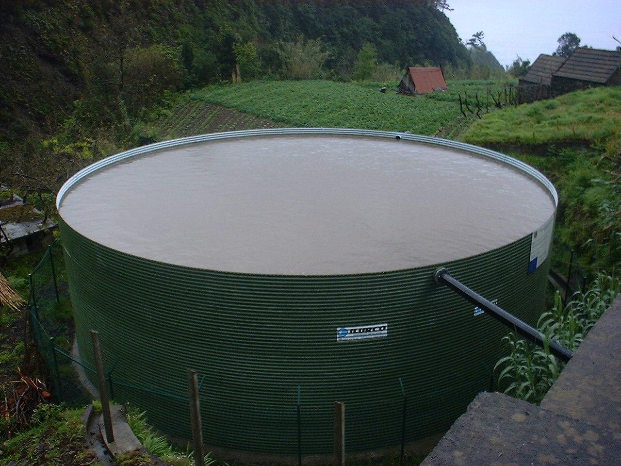 1 depositos para riego servicios de ilurco dep sitos de agua for Deposito agua pluvial