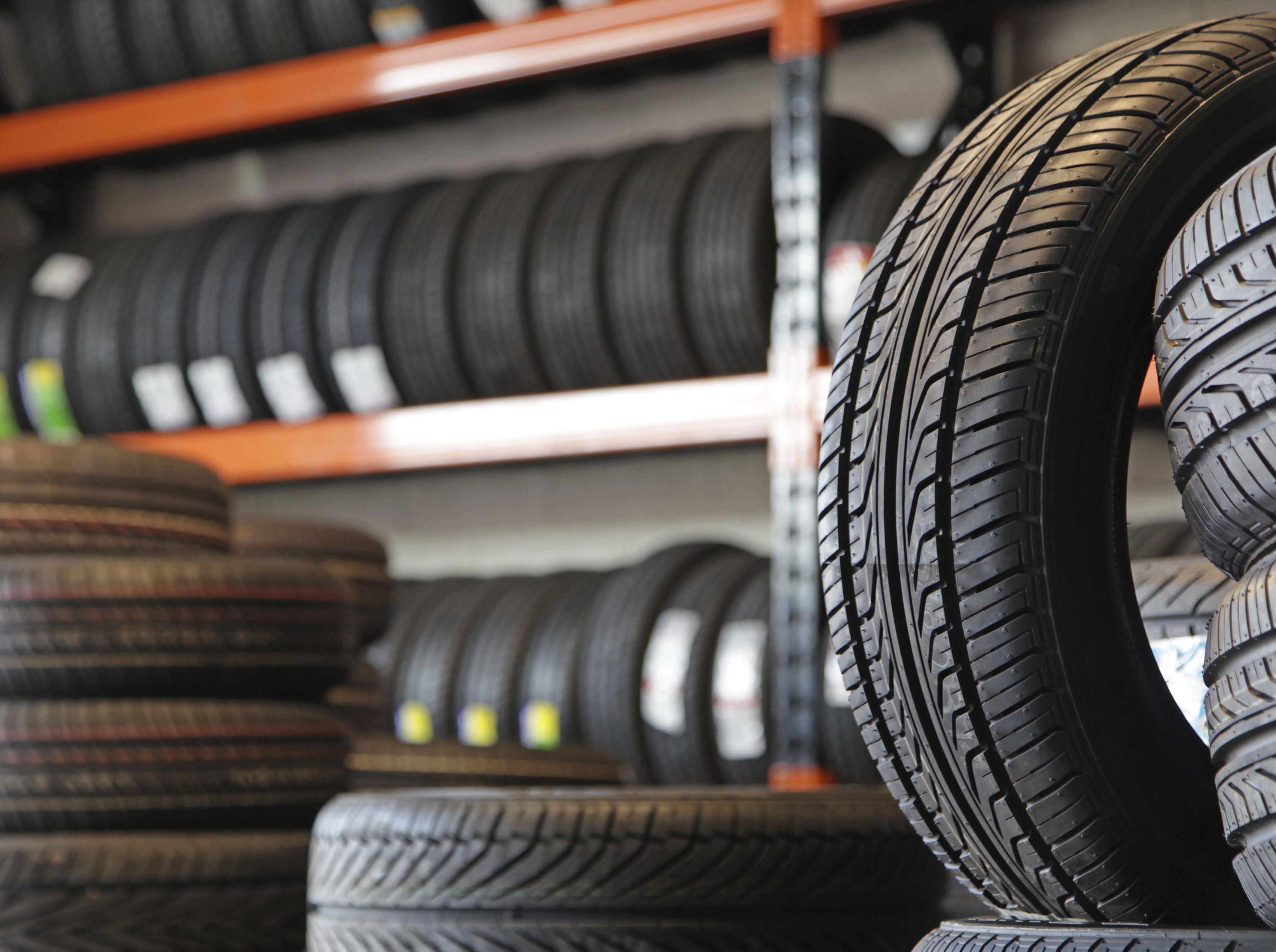 Tenemos un amplio surtido de neumáticos de todas las marcas