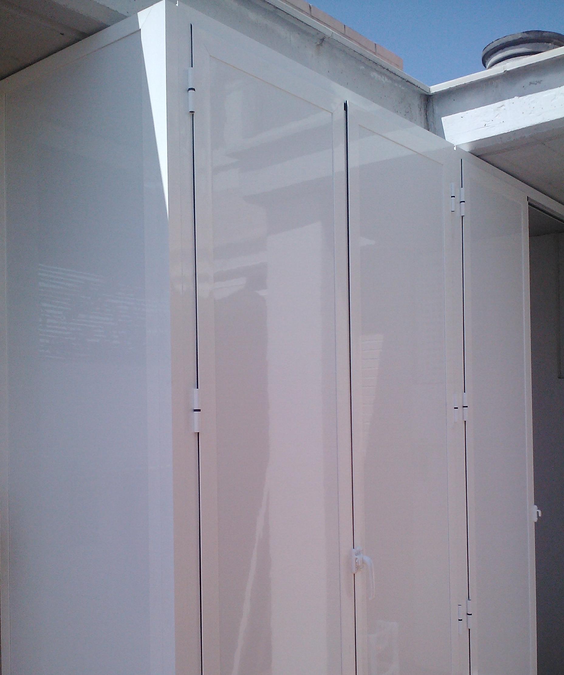 Armario aluminio exterior servicios de persianas y toldos for Armario exterior