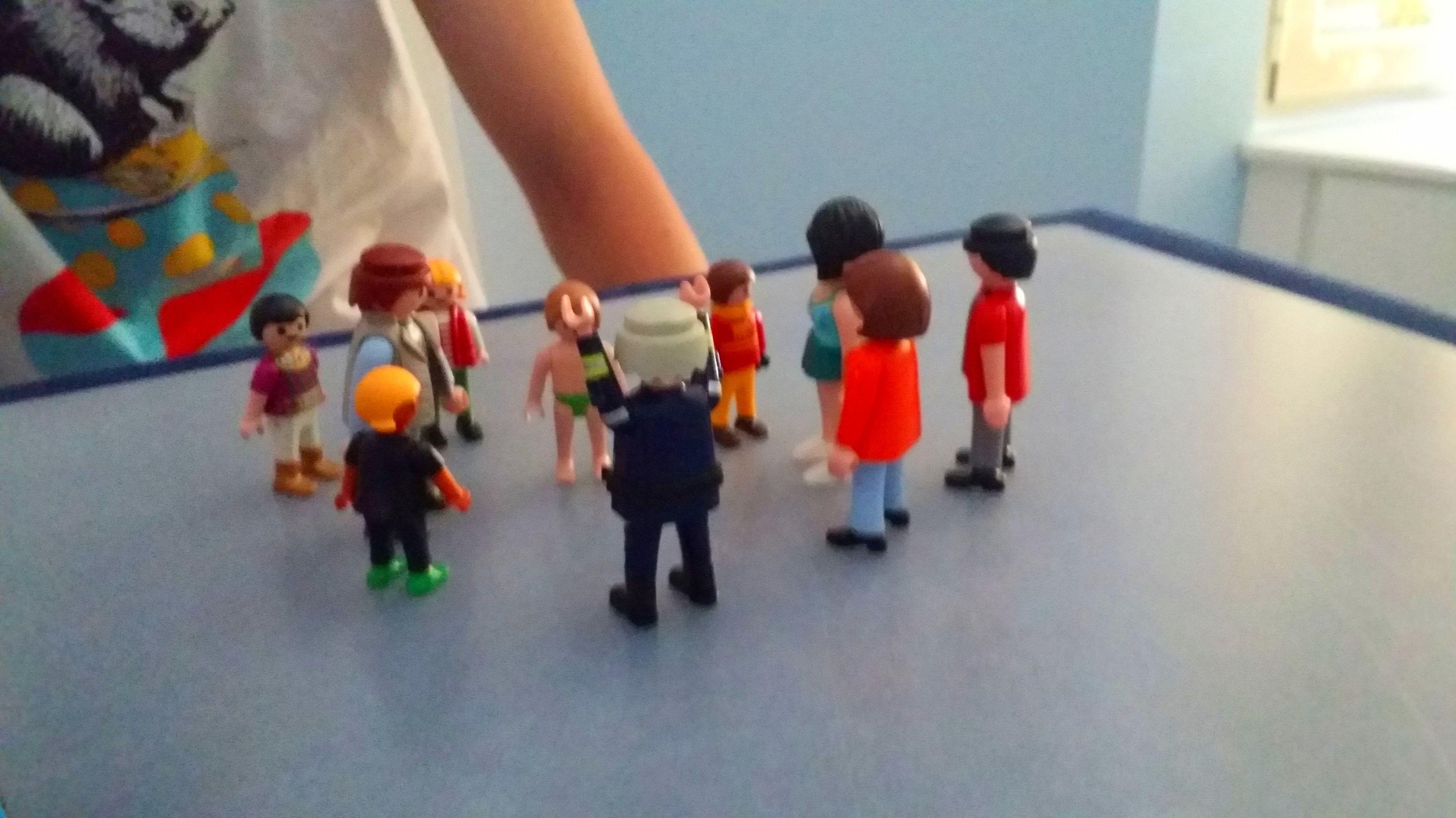 Constelaciones familiares  con muñecos para adolescentes y adultos Centro Hope. Torrelodones y Las rozas