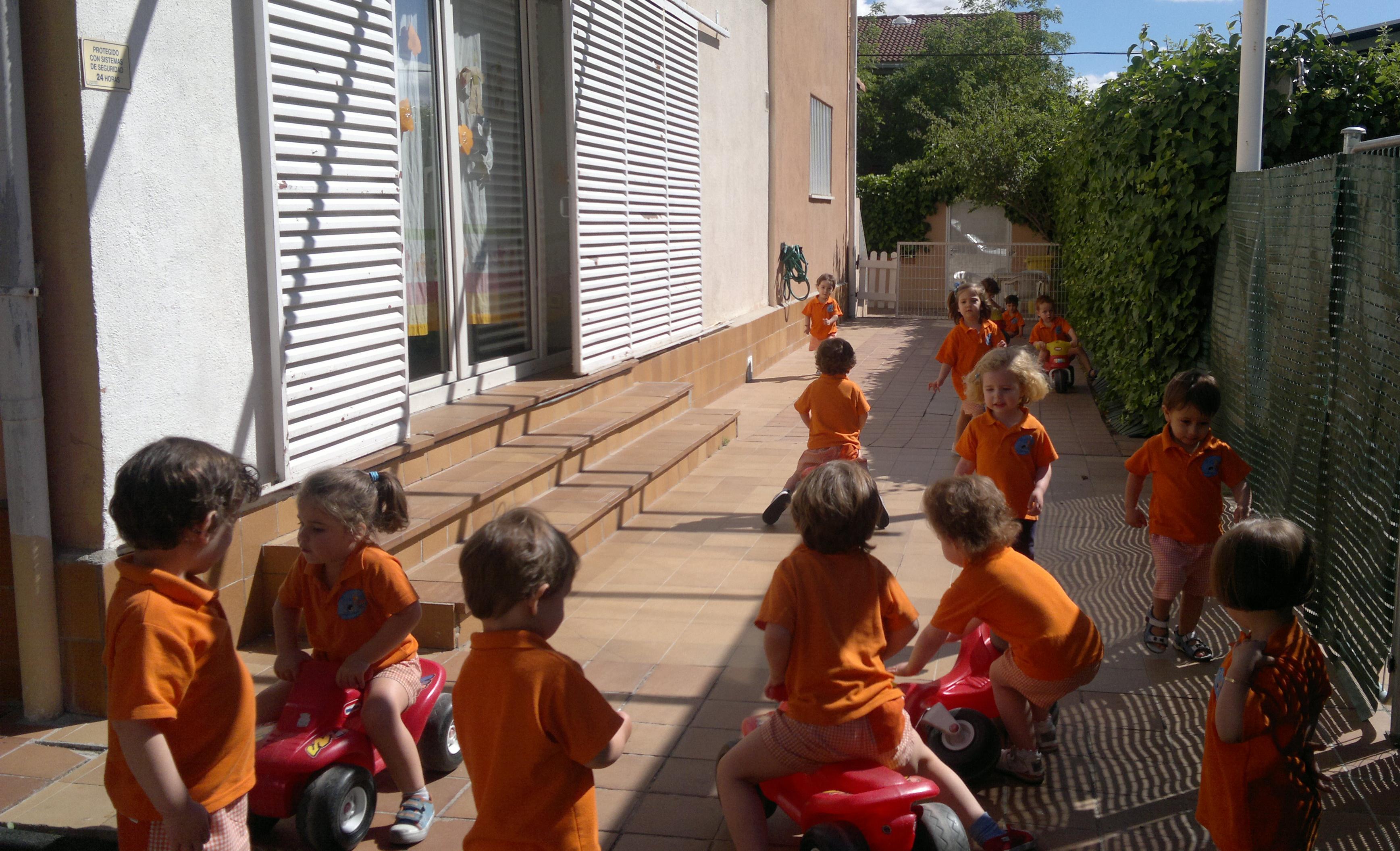 Foto 6 de Guarderías y Escuelas infantiles en  | Escuela Infantil Globitos / Balloons