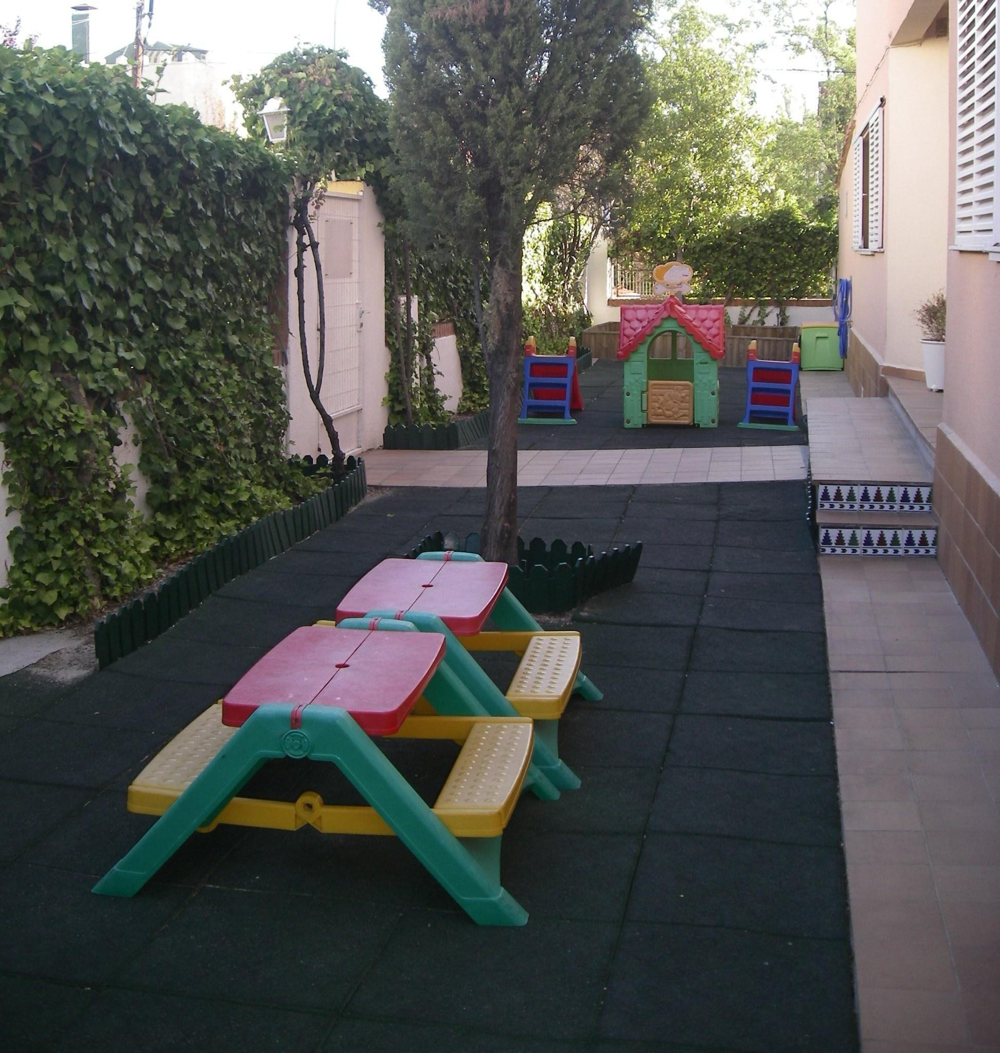 Foto 2 de Guarderías y Escuelas infantiles en  | Escuela Infantil Globitos / Balloons