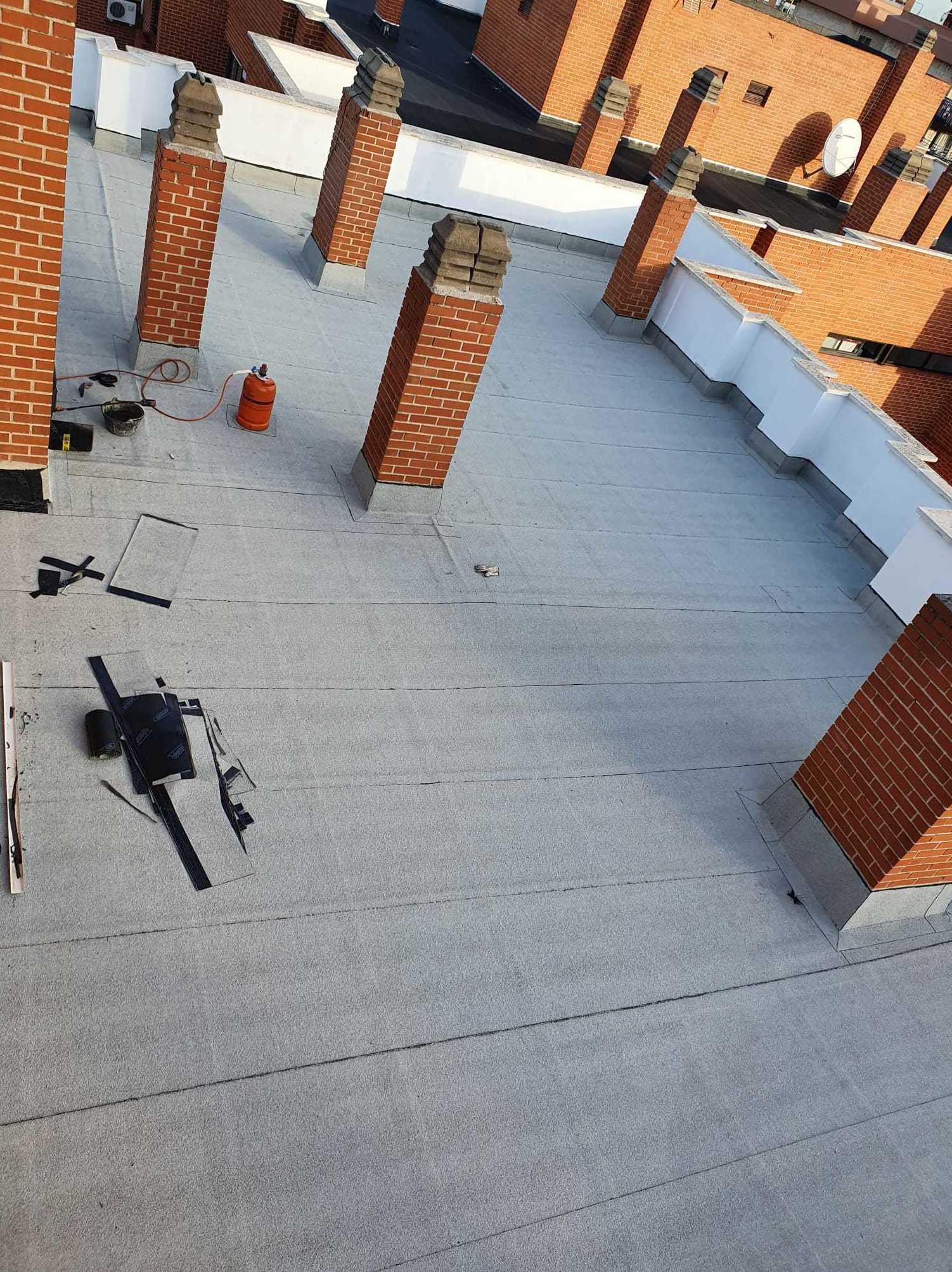 Foto 5 de Trabajos verticales en    Rehabilitaciones y Verticales Vera, S.L.