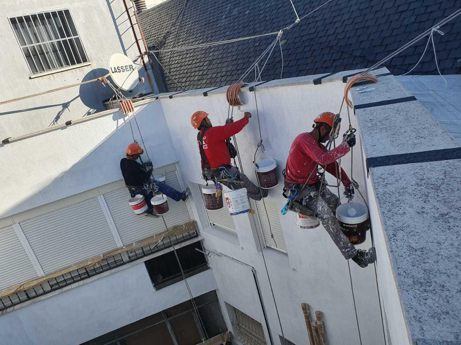Foto 104 de Trabajos verticales en    Rehabilitaciones y Verticales Vera, S.L.