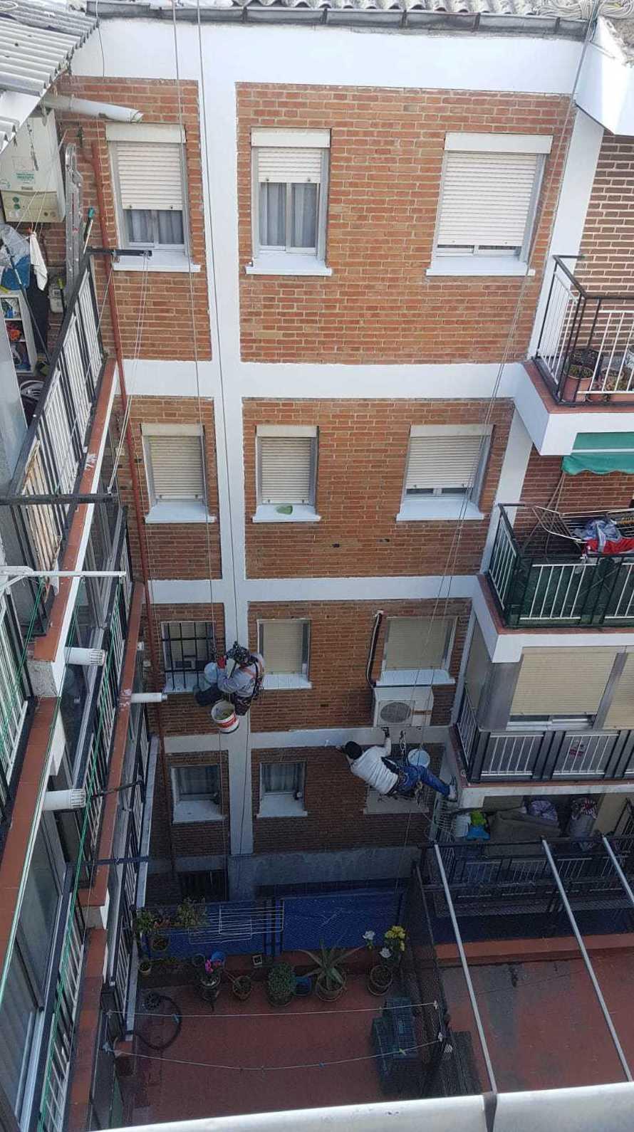 Foto 132 de Trabajos verticales en  | Rehabilitaciones y Verticales Vera, S.L.