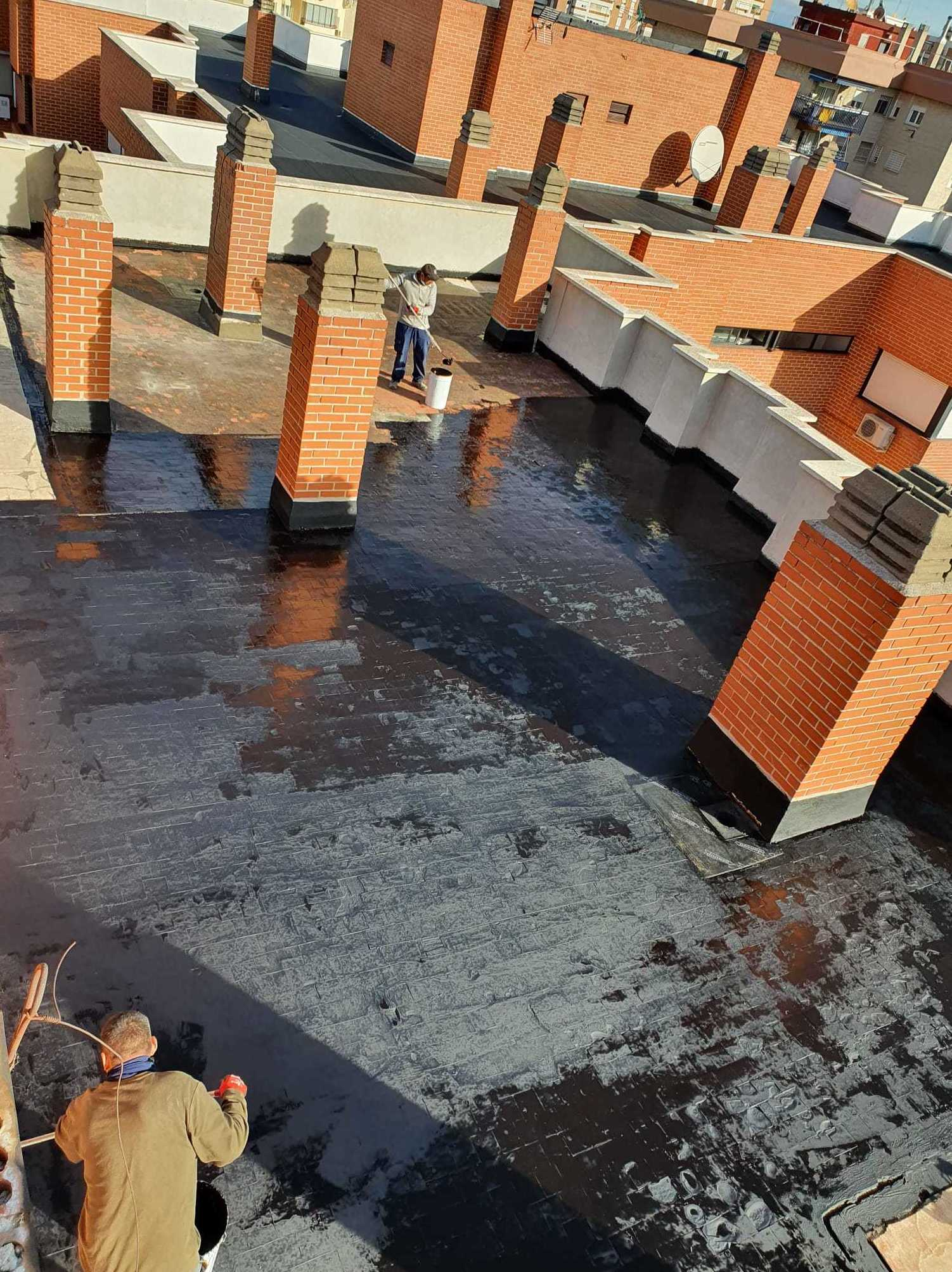 Foto 12 de Trabajos verticales en    Rehabilitaciones y Verticales Vera, S.L.