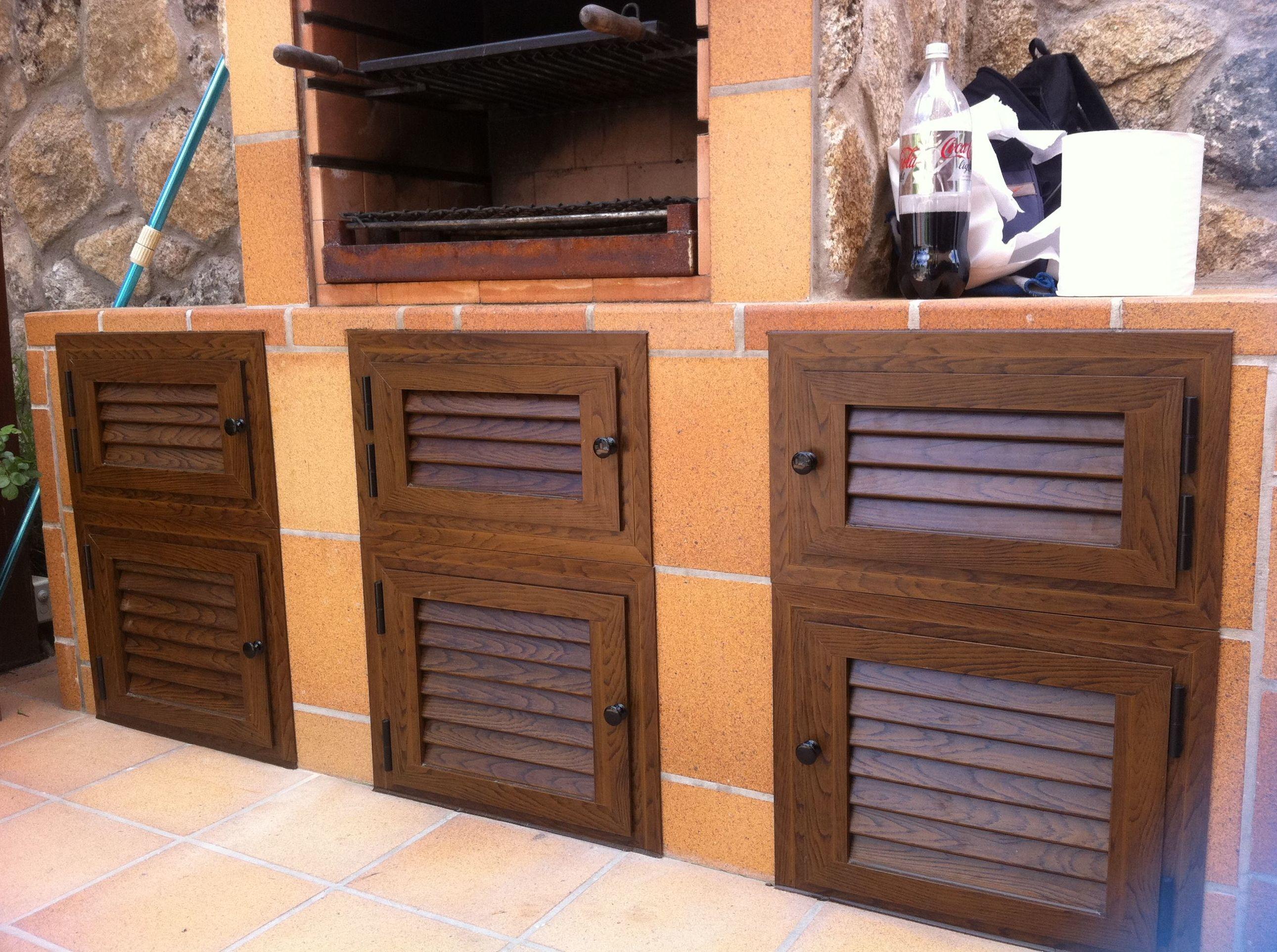 Puertas de aluminio imitación madera