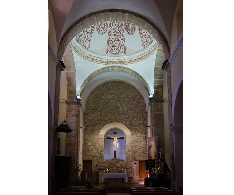 Reforma en interior de iglesia