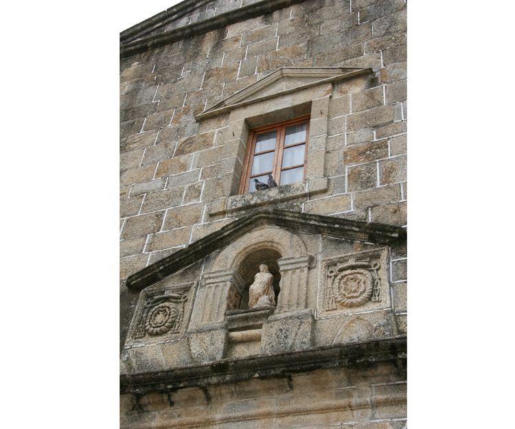 Rehabilitación de iglesia en Badajoz