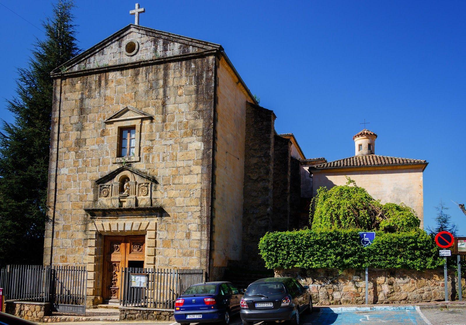 Rehabilitación de fachada de iglesia en badajoz