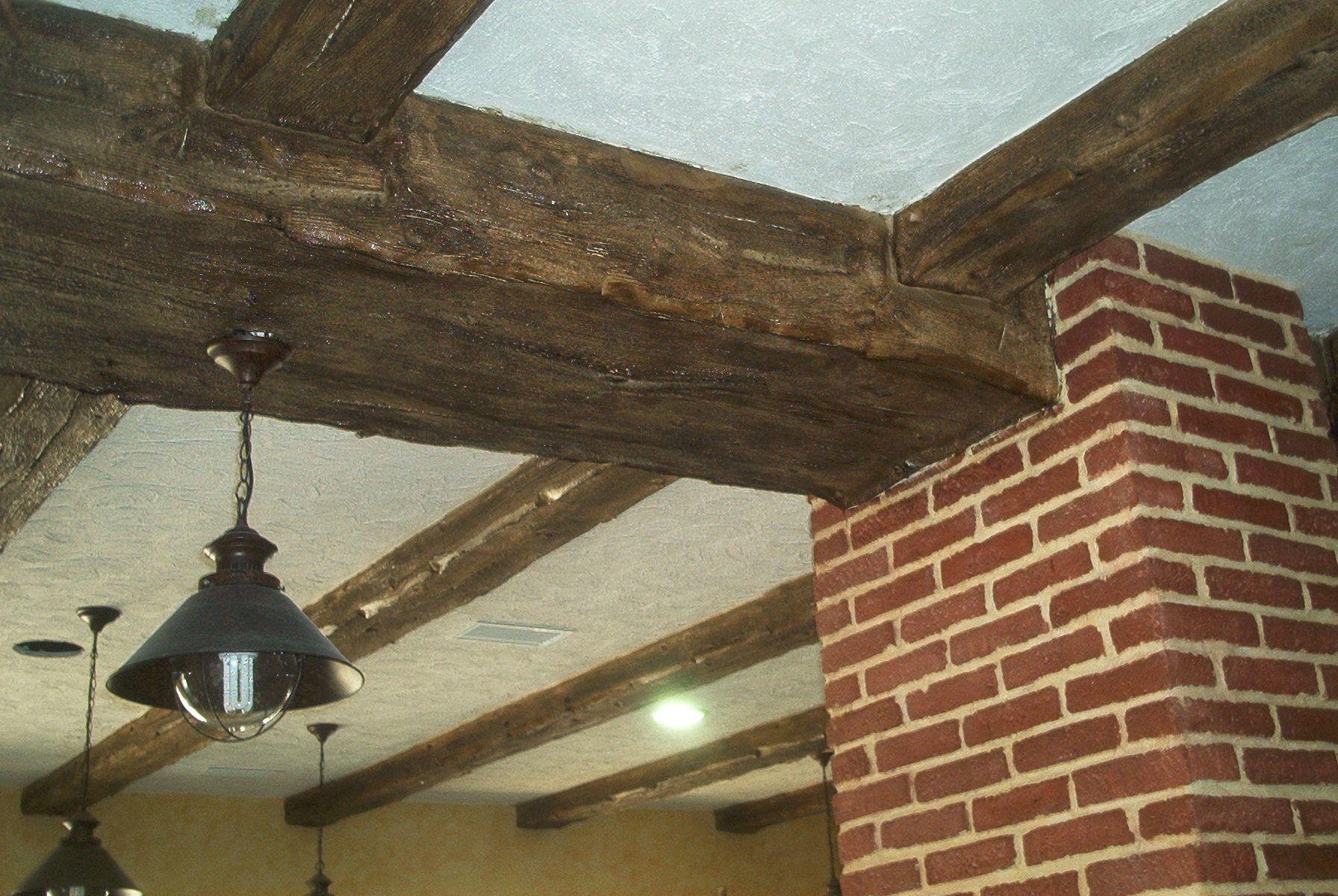 Construcción de falsas vigas de madera