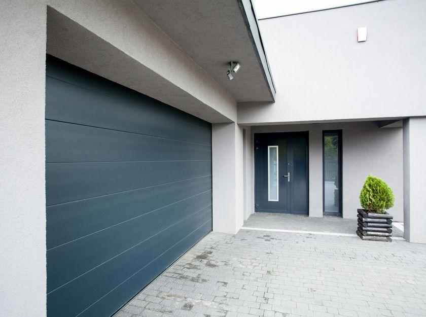 Puertas de entrada y puertas de garaje en Ribarroja, Valencia