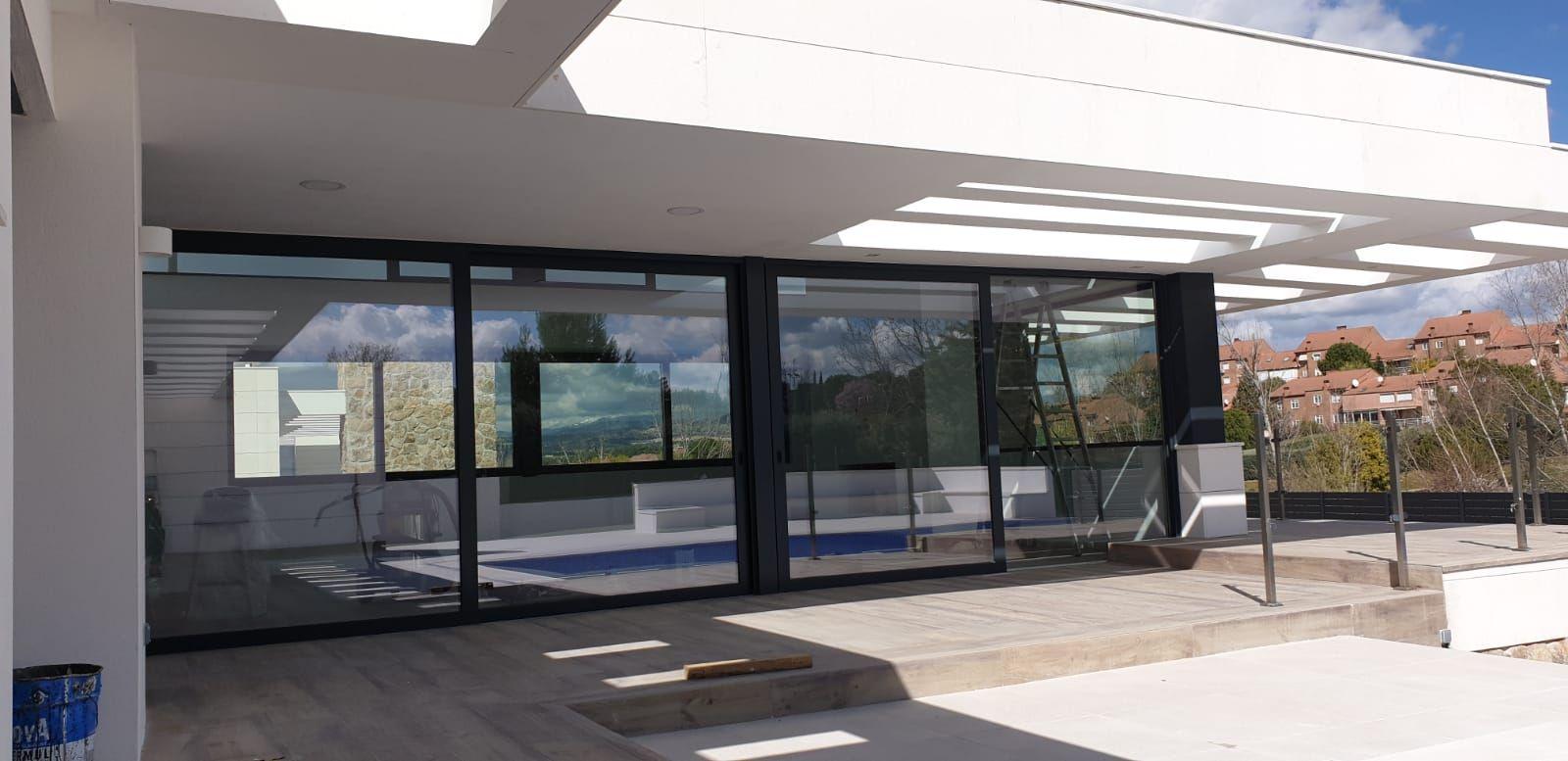 Puerta y ventanal madera Ventaglass Villalba