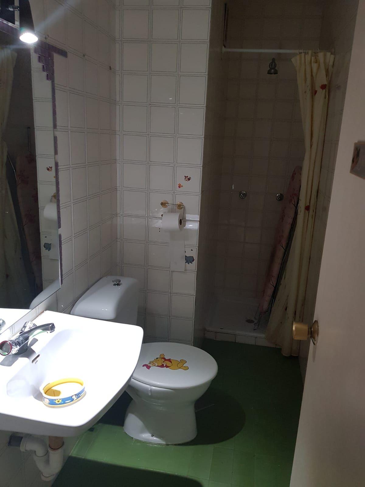 Antes de reforma de baño