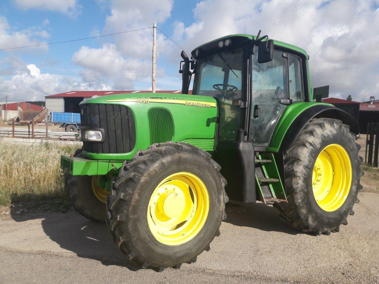 John Deere 6820: Nuestros tractores de Tractores José Carlos Martín