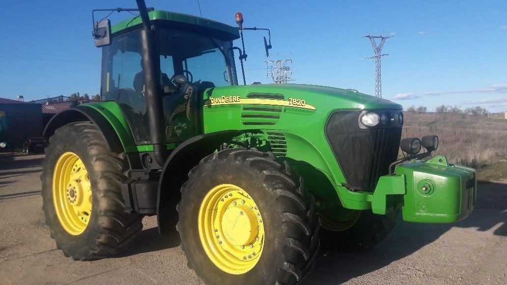 John Deere 7820: Nuestros tractores de Tractores José Carlos Martín