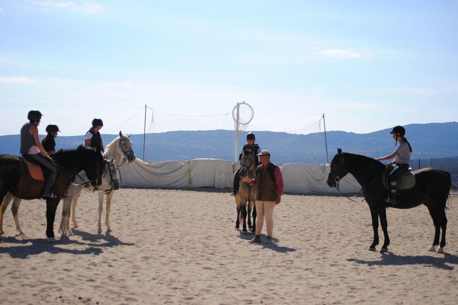 Clases a caballo para niños en Madrid