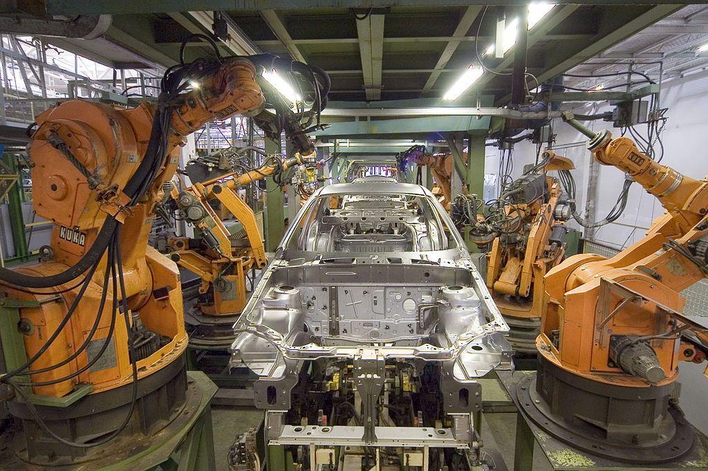 Montaje, mantenimiento y reparación de líneas robotizadas: Servicios de Electromecánica Alzira