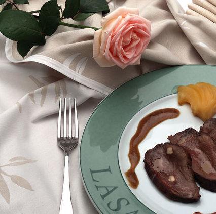 Cocina tradicional con productos naturales diariamente seleccionados