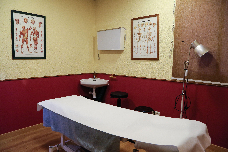 Foto 9 de Fisioterapia en Madrid | Ansón Manuel