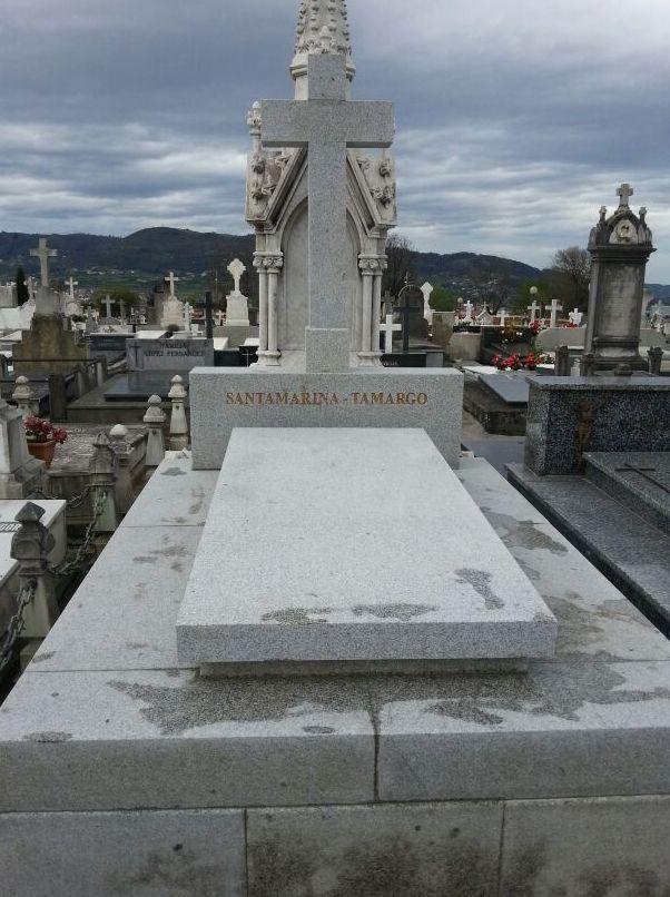 Sepultura en granito mazizo. Asturias.