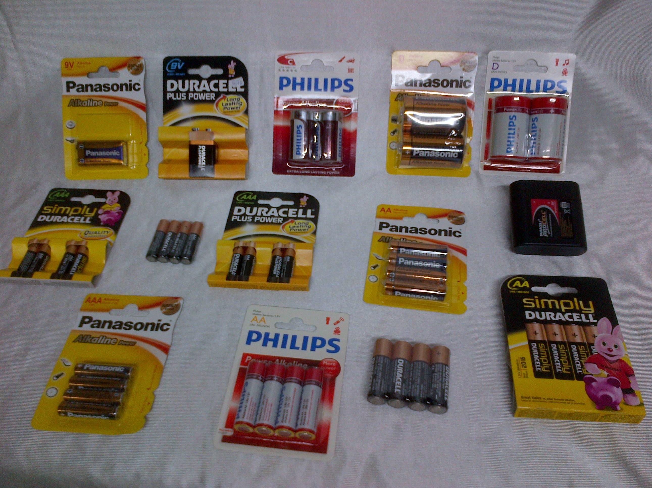 Pilas y baterías: Productos y servicios  de Electricidad e Iluminación Iñaki