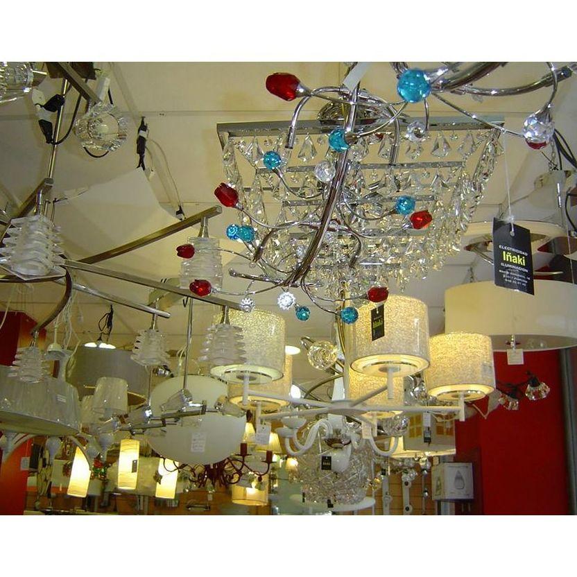Bombillas y fluorescencia: Productos y servicios  de Electricidad e Iluminación Iñaki