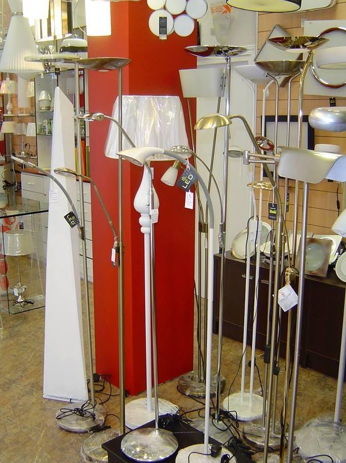 Amplia variedad en lámparas de pie