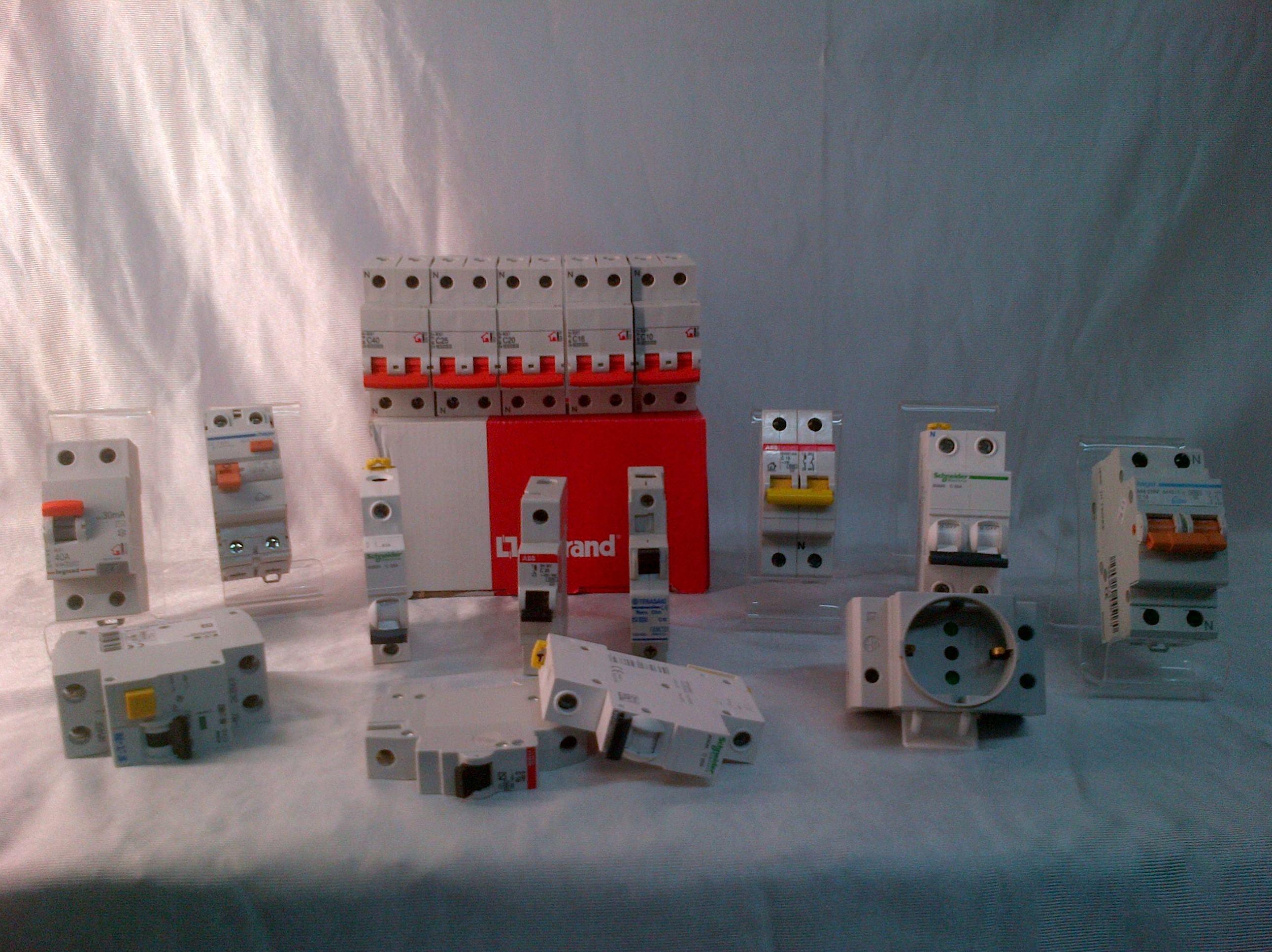 Venta de material eléctrico en Pamplona