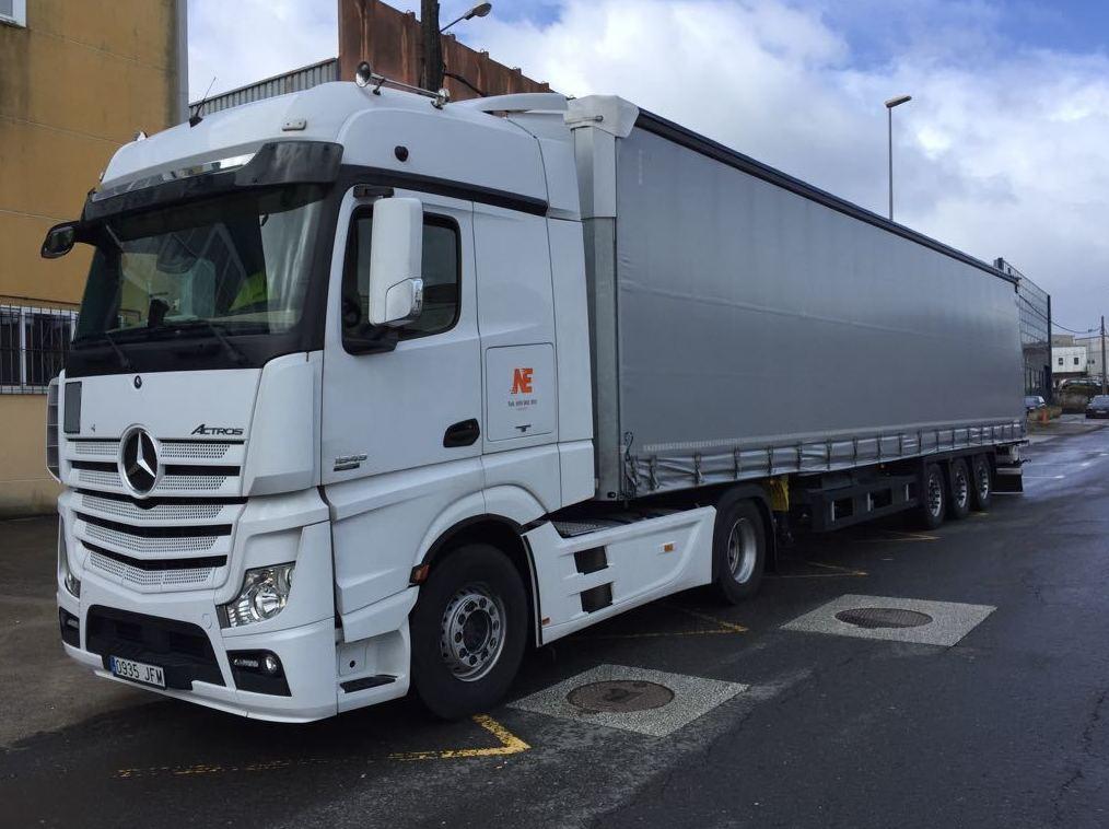 Flota de camiones NE Logistic